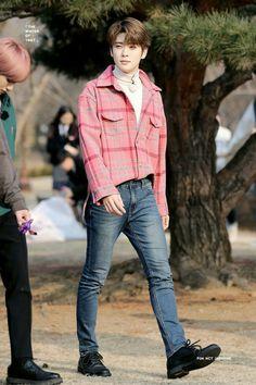 My Secretary is My Wife (Jaehyun) ✔️ Korean Fashion Men, Boy Fashion, Mens Fashion, Jaehyun Nct, Taeyong, Nct 127, Johnny Seo, Nct Life, Jung Yoon