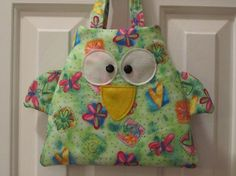 A Whimsical Owl Backpack sewn by Camille Cloutier @ Sew-Whats-New.com  (Love the little wings! LOL)