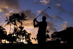 HONOLULU, HI - JANUARY 10: Shane Bertsch hits a tee shot on the 11th hole during the first round of the Sony Open in Hawaii at Waialae Country Club on January 10, 2013 in Honolulu, Hawaii. (Photo by Christian Petersen/Getty Images)