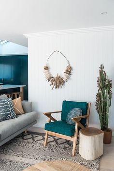 MINT/BLUE COLOUR CRUSH We've developed a new colour crush – seafoam and dusty turquoise hues! Here, we've rounded up our top 3 interiors that utilise this refreshing colour palette to fabulous effect.