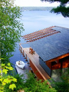 Wondrous Action Island Boathouse - Wave Avenue