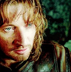 The one thing about the movies I disagreed with. Faramir's character when he meets Frodo. Tolkien Hobbit, Hobbit Art, Aragorn, Legolas, Fellowship Of The Ring, Lord Of The Rings, David Wenham, Kili And Tauriel, Lotr Cast