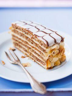 Esterházy-Torte - smarter - Zeit: 1 Std. 15 Min. | eatsmarter.de
