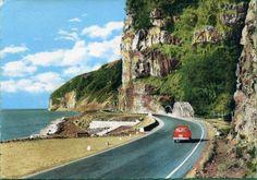 La Réunion des années 60 en photos | Réunionnais du Monde - Ile de la Réunion Photo Voyage, Ocean House, Study Abroad, Holiday Travel, Old Pictures, Kos, Travel Destinations, Country Roads, France