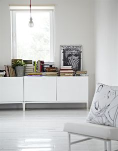 White furniture in a white living room can create an illusion of space - Ikea Live