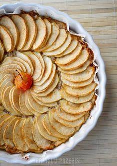 Tarta migdałowo-jabłkowa