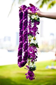 Looking for a little bit of everything? Jet to Hawaii's Big Island for unparalleled hospitality and every seaside activity you can imagine. Kauai, Flower Garland Wedding, Wedding Flowers, Paper Flower Garlands, Floral Garland, Mahalo Hawaii, Collar Floral, Flower Lei, Hawaiian Flowers