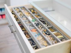 [Cabinet Accessories] Top Jewelry Drawer Organizers With 30 Pictures. Best Diy Jewelry Organizer Drawer Ideas On Jewelry Jewelry Drawer Inserts Jewelry Drawer Trays Jewelry Closet, Jewelry Drawer, Jewellery Storage, Closet Accessories, Jewellery Shops, Jewelry Box, Jewelry Holder, Diy Jewelry Organizer Drawer, Shoes Organizer