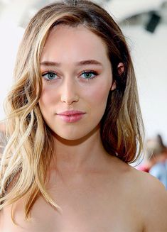 "celebritiesandmovies: "" ""Alycia Debnam-Carey attends Dion Lee Front Row September 2016 during New York Fashion Week"" "" Alycia Debnam Carey, Hollywood Celebrities, Hollywood Actresses, Gorgeous Women, Beautiful People, Amazing Women, Straight Eyebrows, Lexa Y Clarke, Eliza Taylor"