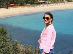 Villasimius beach, near Cagliari, South of Sardinia. Beautiful views, white sand and clear blue sea / Pláž Villasimius - juh Sardínie Cover Up, Sea, Traveling, Beautiful, Collection, Fashion, Viajes, Moda, Fashion Styles