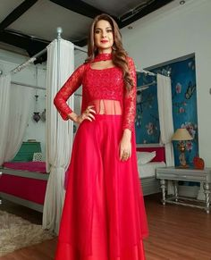 Jennifer Winget Looks Hot in New Post-Leap Avatar for Bepannah As Zoya! 6 Times Indian TV Actress Made the Red Colour Dresses Look Sexy (See Pictures)Regrann from - Watch out for this stunning Lady in Red tonight on Colors at Makeup byJennifer is so Designer Party Wear Dresses, Kurti Designs Party Wear, Lehenga Designs, Indian Designer Outfits, Indian Gowns Dresses, Pakistani Dresses, Net Dresses, My Princess, Red Colour Dress