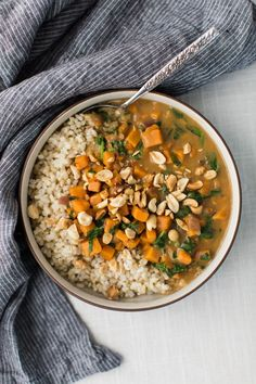 Sweet Potato and Spinach Peanut Stew and 18 other warming vegetarian dishes Veggie Recipes, Soup Recipes, Whole Food Recipes, Cooking Recipes, Chicken Recipes, Naturally Ella, Vegetarian Soup, Vegetarian Recipes, Healthy Recipes