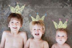 Ideas tiernas e ideales para sesiones de fotos de hermanos