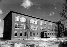 Collège Notre-Dame (Aujourd'hui École Notre-Dame  & Siège Social Commission Scolaire du Pays des Bleuets)