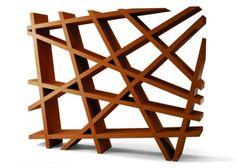 a-estante-caos-da-montenapoleone-tem-design-de-ferruccio-laviani-1282082045219_560x400.jpg (560×400)