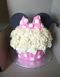 Minnie Mouse Smash Cake - by: Grandma Linda's Sweet Tooth - Custom Cakes - First Birthday