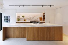 Elegant Contemporary Kitchen Design Ideas 31 Anyone planning a contemporary kitchen design needs to know exactly what they want before handing over plans to designers and … Contemporary Interior Design, Modern Kitchen Design, Interior Design Kitchen, Contemporary Kitchens, Minimal Kitchen, Farmhouse Style Kitchen, Modern Farmhouse Kitchens, Home Kitchens, Kitchen On A Budget