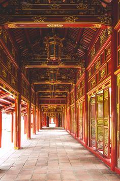 How to: Quickly Acquire Royal Subjects in Hue, Vietnam