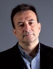"""Hoy entrevistamos a Alfredo de Andrés Ramos, que nos hablará sobre su novela """"La suma de las partes"""". Una obra que explora los límites de la razón y de los dolores humanos publicada por Gens ediciones."""