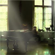 Filtered light and dusty pianos.... it's a shame to be dusty for a Victorian grand though.