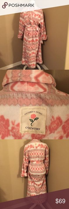 Victoria. Secret. Cozy. Robe. It. Says. Country Beautiful. Warm. Cozy.  Victoria. Secret   It's. A  size.small Has. A. Wrap.  Around. Belt.   Two. Big. Pockets.  In. Front.    It's. Long. In. Length Victoria's Secret Intimates & Sleepwear Robes
