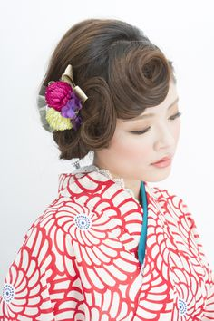 Japanese Beauty, Japanese Fashion, Pretty Hairstyles, Wedding Hairstyles, Modern Kimono, Wedding Kimono, Hair Arrange, Japanese Hairstyle, Yukata