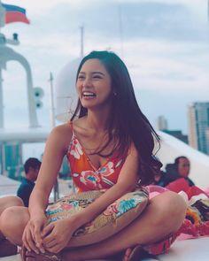 Kim Chiu Philippine Women, Filipina Actress, Eyes Emoji, Blackpink Jennie, Filipino, Pretty People, Pretty Woman, Asian Beauty, Philippines