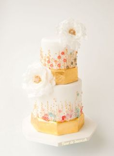 a gold wedding cake with pastel blossoms and white peonies - Cake by Fleur de Sucre Peony Cake, Traditional Wedding Cake, Amazing Wedding Cakes, Wedding Cakes With Cupcakes, Just Cakes, Cake Decorating Techniques, Cake Gallery, Wedding Cake Inspiration, Cake Boss