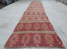 VINTAGE HANDWOVEN TURKISH ANATOLIAN KILIM RUG RUNNER  27X125 / 79x379cm   Hand woven with high quality pure wool and cotton Clean  Excellent