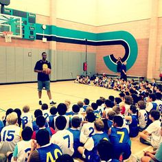 Harrison Barnes visits the campers at #Warriors Basketball Camp in San Ramon.