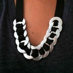 Make a necklace and a bracelet just using washers and grosgrain ribbon.