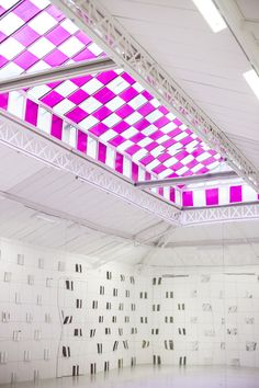riachistudio:  Always inspired by Daniel Buren's geometrical and minimalist approach to art.