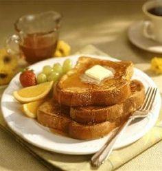 tostadas francesas (french toast). La receta la encontré en el canal de youtube del Cocinero