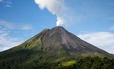 ¡Dejate seducir por el volcán Arenal! Recibí 1 noche de hospedaje para 2 personas en el hotel Castillo del Arenal con un 50% de descuento   Yuplon