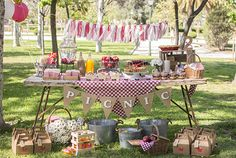 OF JULY AND BIRTHDAY PICNIC PARTY IDEAS Who doesn't love red and white checkered gingham at any outdoor birthday party or at a of July celebration? It's easy enough to add a little blue into your Independence Day party or barbecue with a … Picnic Party Decorations, Picnic Themed Parties, Kids Picnic Parties, Baby Birthday, 1st Birthday Parties, Picnic Theme Birthday, Birthday Ideas, Party Ideas For Teen Girls, Party Mottos