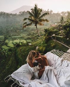 Looking for that famous Airbnb Ubud Treehouse with the outdoor hammock bed and killer views of the rice fields? Honeymoon The Famous Airbnb Ubud Villa: Treehouse With Hammock Bed Wanderlust Travel, Bali Travel, New Travel, Travel Goals, Luxury Travel, Travel Tips, Girl Travel, Luxury Hotels, Travel Essentials