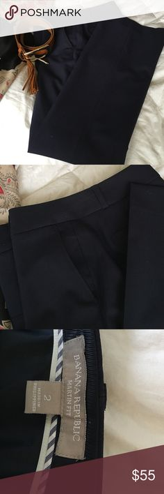 Navy slacks trousers classic size 2 w/pockets Classic Banana Republic Martin fit size 2 lined navy trousers.  Great for all seasons, I paired it with the menswear look BCBG shirt dress and bam!  Super cute.  Excellent condition. Banana Republic Pants Trousers