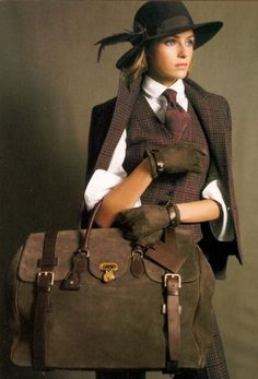The Dead Stylists Society - Ralph Lauren tweed Looks Chic, Looks Style, Look Fashion, Winter Fashion, Womens Fashion, High Fashion, Tartan, Valentina Zelyaeva, Outfit Chic