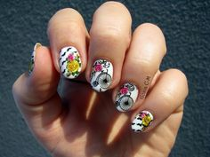 I used: - stamping plates: and - water decals: Seche vite on the top. Retro Bicycle, Stamping Plates, Bicycles, Museum, Nail Art, Nails, Artwork, Finger Nails, Work Of Art