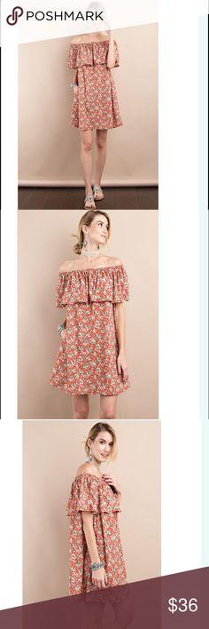 Floral off the shoulder layered dress Hidden side pockets // 96% polyester 4% spandex Dresses Mini