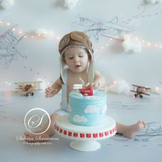 1st Birthday Pictures, Birthday Themes For Boys, Baby Boy 1st Birthday, Boy Birthday Parties, Birthday Ideas, Airplane Birthday Cakes, Birthday Cake Smash, Time Flies Birthday, Festa Party