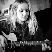 Eva Cassidy singing  Fields Of Gold,  Time After Time,  Songbird,  Autumn Leaves, What A Wonderful World, Imagine, True Colors, At Last, Wayfaring Stranger,  You Take My Breath Away, Ain't No Sunshine... Listen to a simply perfect voice and songs  // neverendingplaylist.com