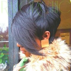 short black haircut with long side bangs Male Haircuts Curly, Short Black Haircuts, Black Bob Hairstyles, Short Hairstyles For Women, Short Hair Cuts, Short Hair Styles, Bob Haircuts, American Hairstyles, Wavy Weave Hairstyles