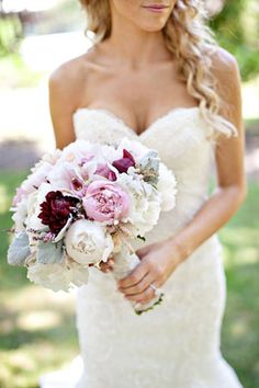 Sweet and sophisticated. Peonies, dahlias and dusty miller. And that stunning dress!