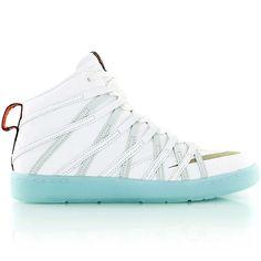 Watch out for the next premium version of the still new NIKE KD 7 LIFESTYLE QS ice-blue // Drop Date: 31.10.2014 - 9 a.m. at KICKZ.com // Sizes US8 – US12 // € 129,85,- #kickzcom #nike #kd #kevindurant #lifestyle #quickstrike #premium #mvp #igkicks #instakicks #sneakersaddict #sneakerfreaker #solecollector