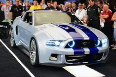 2013-Ford-Mustang-Need-for-Speed-at-auction-front-three-quarters.jpg (2048×1360)