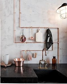 Exposed Copper Pipes for a gorgeous rustic kitchen interior design.