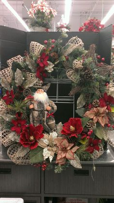 Talented Michaels Designers Large wreath with Grapevine Star and Woodsie Santa...Robin Evans