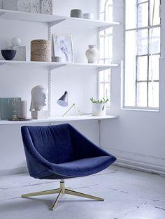ELEGANT lounge chair in exquisite blue velvet <3 Design by Bloomingville