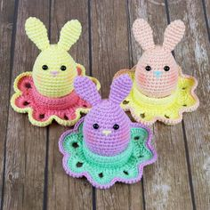 Surprise everyone at your Easter brunch with cute bunny eggs that you can make using this crochet pattern. Your biggest challenge when crocheting these absolutely adorable bunnies is stopping yourself from making too many!